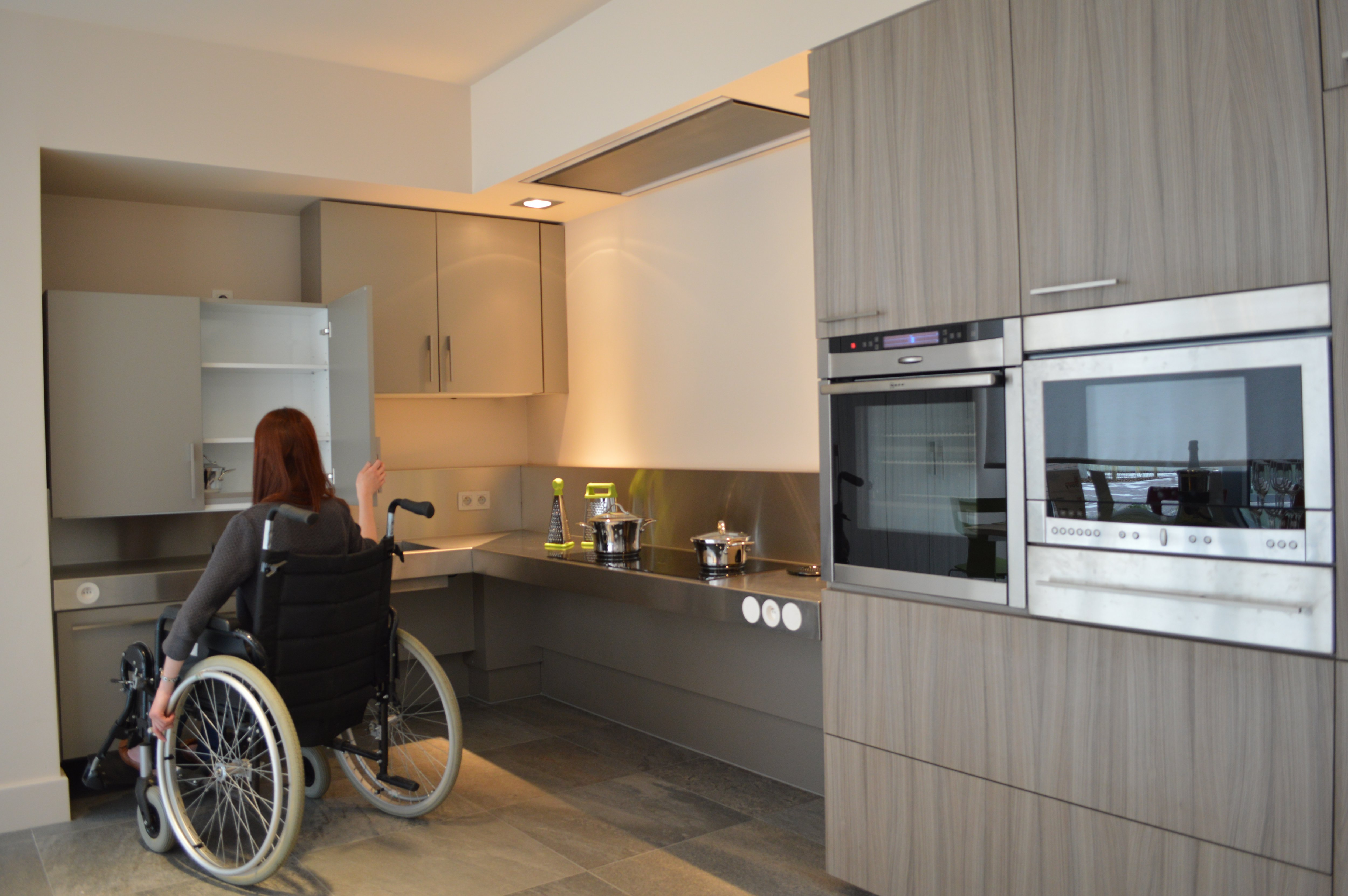 Dovy Keukens Contact : Keukens voor mensen met een beperking Dovy keukens