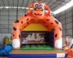 CHÂTEAU GONFLABLE  Modèle  Chien Orange