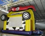 CHÂTEAU GONFLABLE Modèle Race car