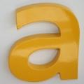 A12 - Reliëfletter kunststof gelakt